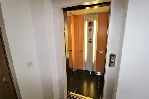 mansarda-ristrutturata-e-arredata-in-vendita-a-gardolo-trento-ascensore