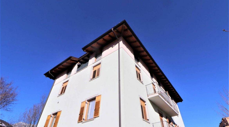 mansarda-ristrutturata-e-arredata-in-vendita-a-gardolo-trento-esterno