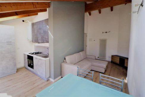Immobiliare Capital vendita mansarda ristrutturata e arredata a Gardolo-Trento (TN)