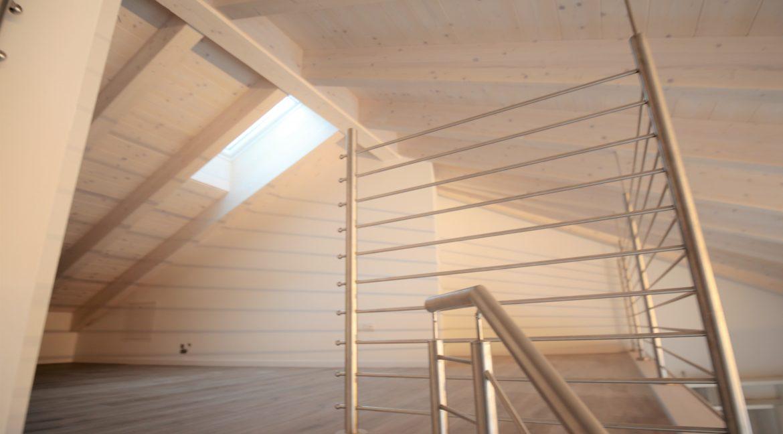 immobiliarecapital-affitto-mansardasopramonte10