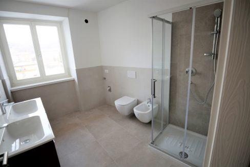immobiliarecapital-affitto-mansardasopramonte14