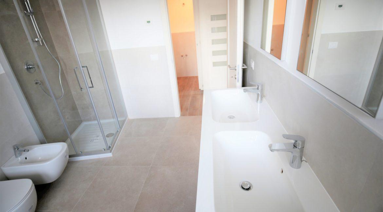 immobiliarecapital-affitto-mansardasopramonte16