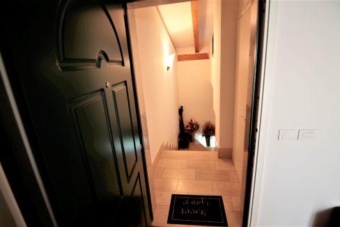immobiliarecapital-venditaatticovillazzano13