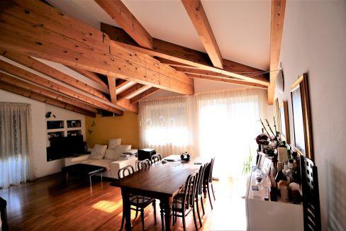 immobiliarecapital-venditaatticovillazzano4