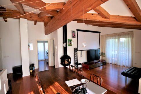 immobiliarecapital-venditaatticovillazzano5