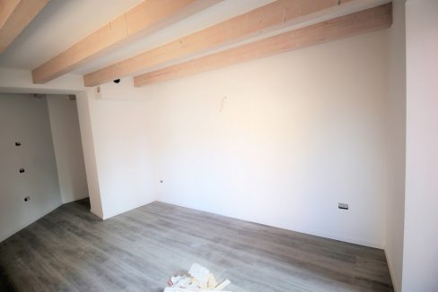 immobiliarecapital-venditatrilocalevialecappuccini5