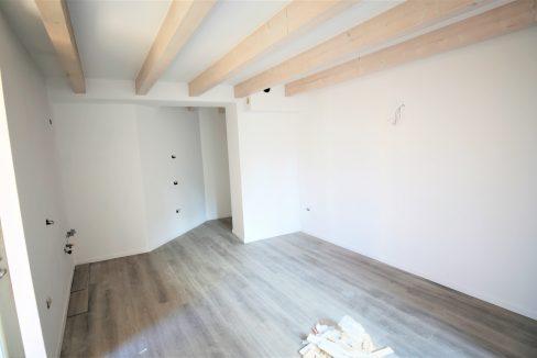 immobiliarecapital-venditatrilocalevialecappuccini6